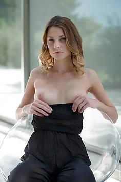 Claire Dain - Wow Girls Nude Gallery