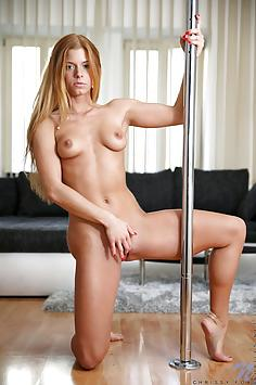 Chrissy Fox - Nubile Nude Gallery