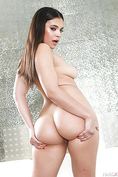Hot Latina Violet Starr exposes her curves - HardX Nude Gallery