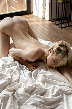 Beautiful blonde Smely Q. - StacyQ Nude Gallery